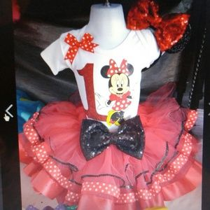 Other - Minnie mouse outfit